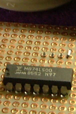 ni070t_Rivets_tubulaires_pour_la_traversée_mécanique_des_circuits_imprimés_électroniques_double_face-2-couches.png
